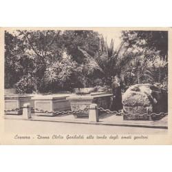CAPRERA- DONNA CLELIA GARIBALDI ALLE TOMBE DEGLI AMATI GENITORI VIAGGIATA 1947