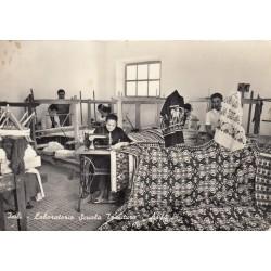 ISILI- LABORATORIO SCUOLA TESSITURA -ASILO VIAGGIATA 1959