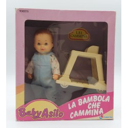 BABY ASILO LANARD TOYS 1989 , LA BAMBOLA CHE CAMMINA